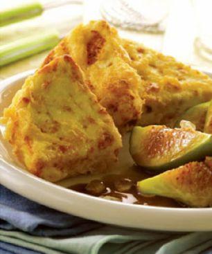 Fromage Manouri Frit aux Figues et à la Sauce Mastiha