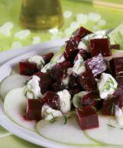 Ensalada de remolacha, yogur, manzana y mastiha