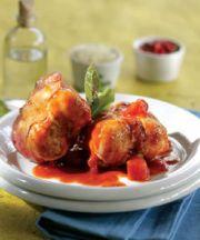 Conejo estofado con tomates secados al sol y mastiha